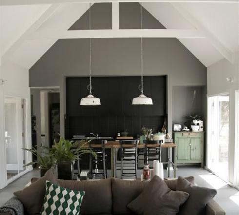 grey-garden-lounge
